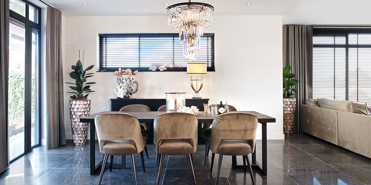 Aubrey Large Pendant Light in Dining Room with Table
