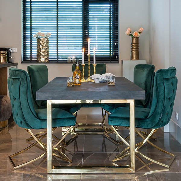 4 Seater Extendable Dining Table and Velvet Chairs
