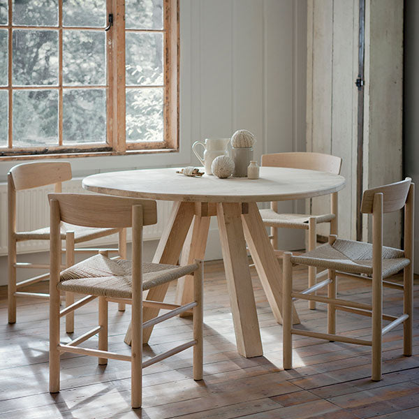 Hambledon Oak Round Dining Table and 4 Oak Chairs
