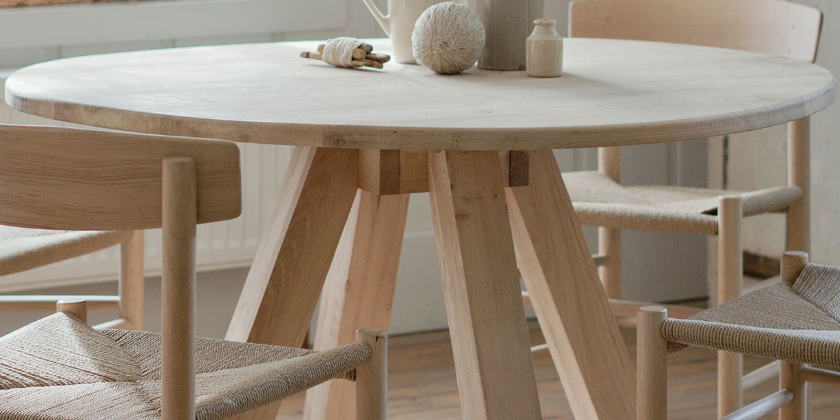 Round Hambledon Oak Dining Table Top