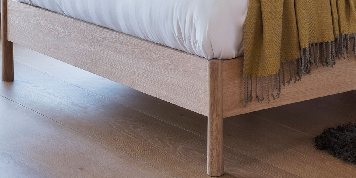 Hudson Living Wycombe Spindle Oak Bed close up leg