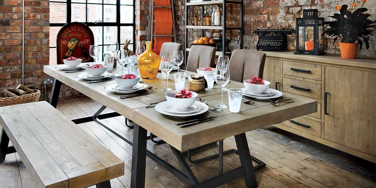 Industrial Lansdowne Reclaimed Wood Extended Dining Table