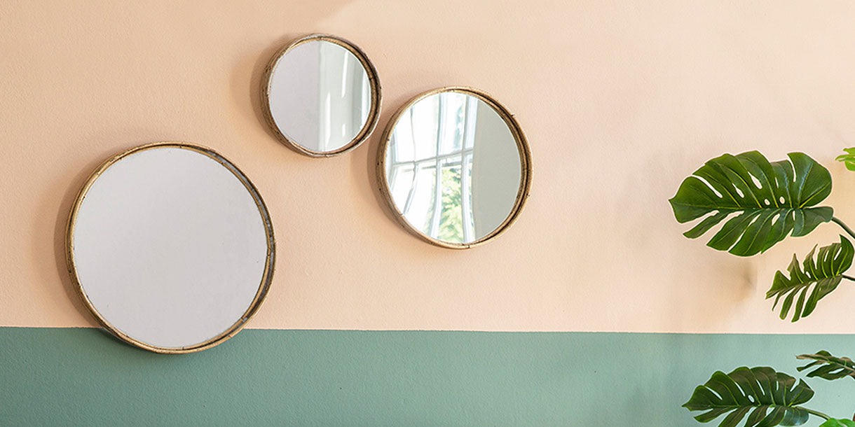 Langly Set of 3 Round Wall Mirrors on Wall
