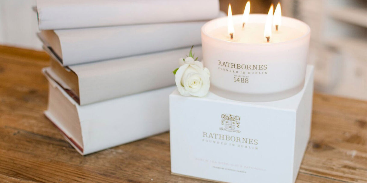 Rathbornes White Pepper and Honeysuckle Luxury Candle on Box