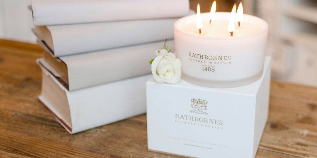 Rathbornes White Pepper and Honeysuckle Luxury Candle and Box