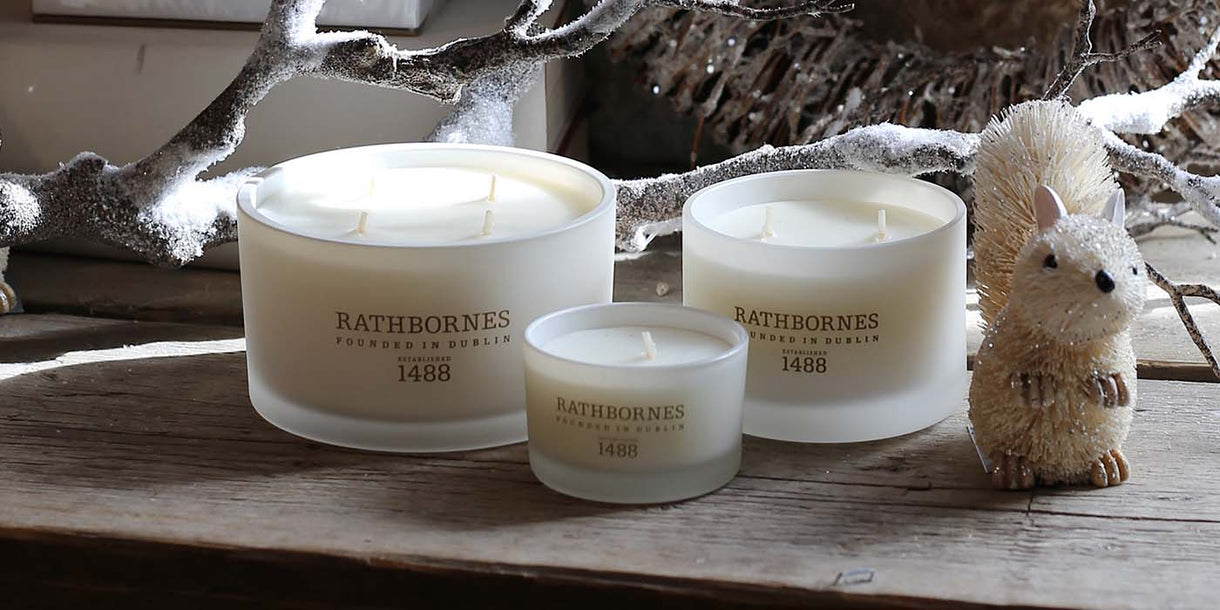 Rathbornes White Pepper and Honeysuckle Luxury Candles