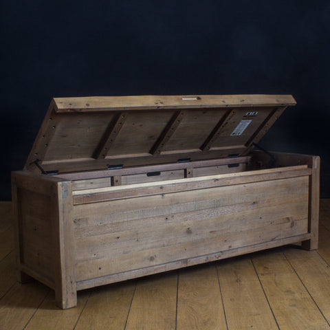 Cotswold Reclaimed Wood Blanket Box for bedroom or hallway