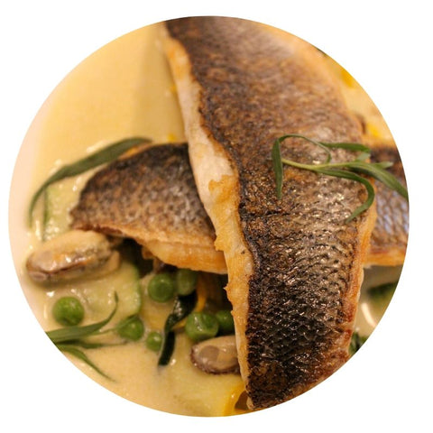 Sea bass with mussels in cream