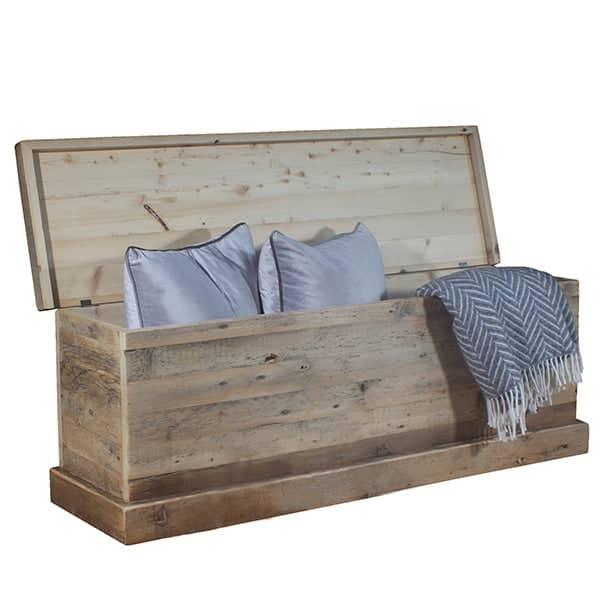 Beam Reclaimed Wood Blanket Box Open Cutout