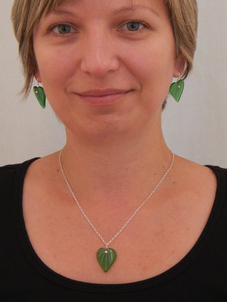 Kawakawa Leaf Earrings and Pendant - Green