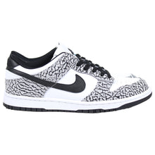 Load image into Gallery viewer, Nike Dunk Low ID Supreme SZ 9.5