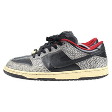 Load image into Gallery viewer, Nike SB Dunk Low Black Supreme SZ 11