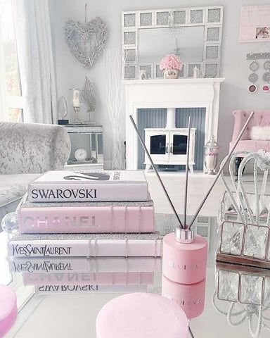 lifestyle reed diffuser shot