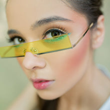 Load image into Gallery viewer, Sass in all shapes Sunglasses-Yellow