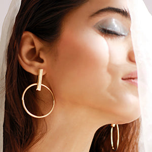 Hanging Sass Earrings - Gold