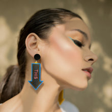 Load image into Gallery viewer, This Way Earrings