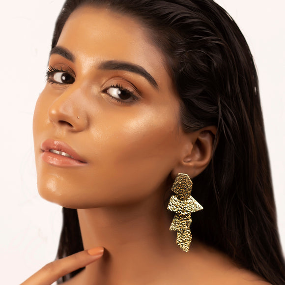 All That Glitters Drop Earrings - Gold