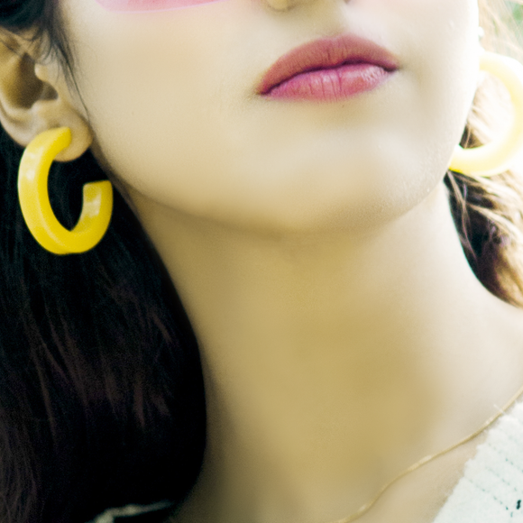 Sunny Hoop Earrings - Yellow