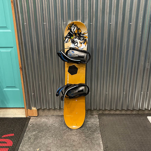 Burton Chopper 118cm Snowboard w/ Bindings - USED
