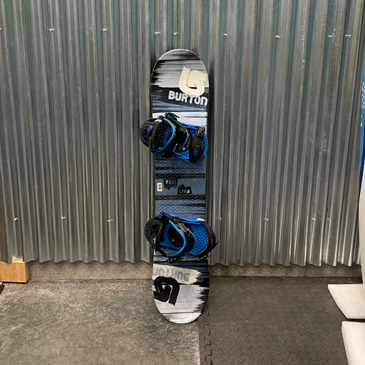 Burton LTR Kids 110cm Snowboard w/ Bindings - USED
