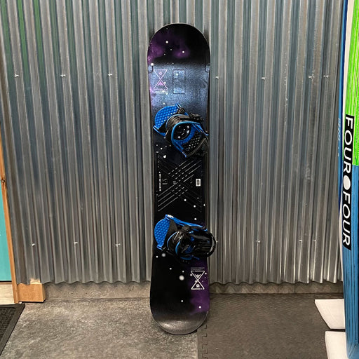 Burton LTR 138L Snowboard w/ Bindings - USED