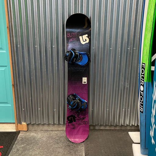 Burton LTR 153L Snowboard w/ Bindings - USED