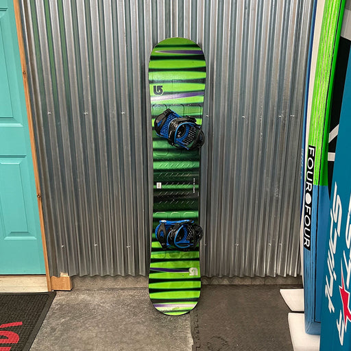 Burton LTR 155w Snowboard w/ Bindings - USED