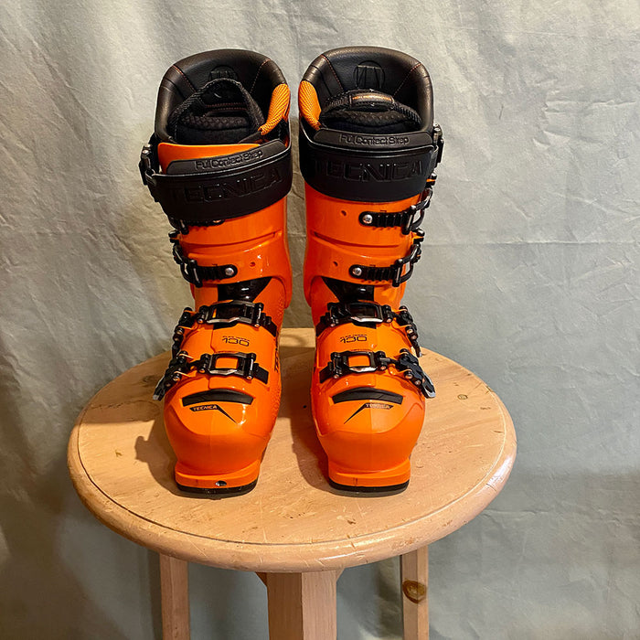 Tecnica Mach 1 LV 130 Ski Boots - USED front