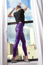 Metallic Lips Spandex Leggings - ElasticWonder.com