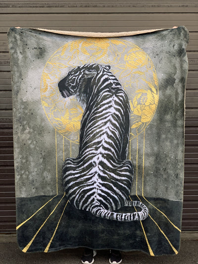 Black Tiger Blanket Blanket Electro Threads