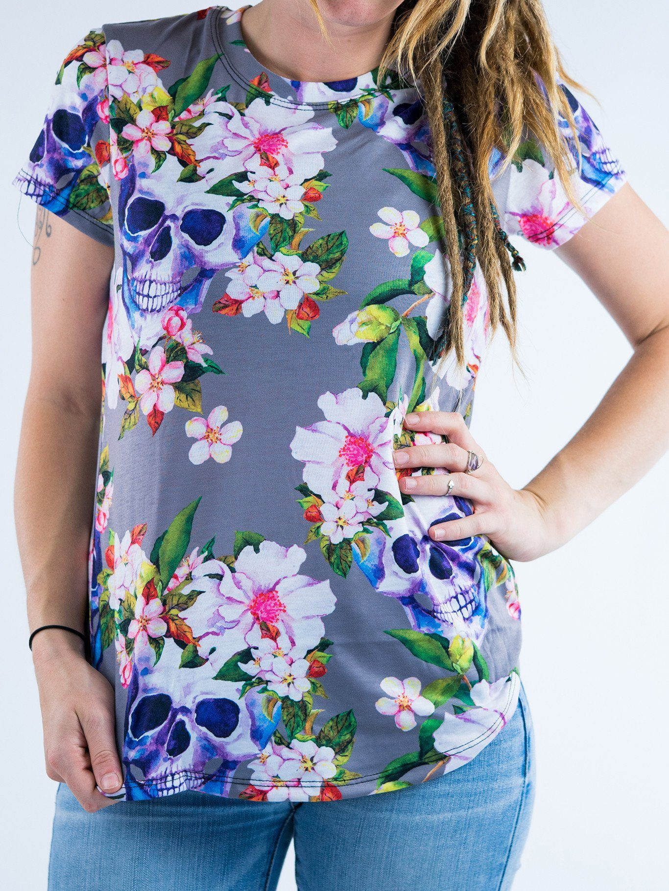 Blooming Skulls Women's Crew T-Shirts T6