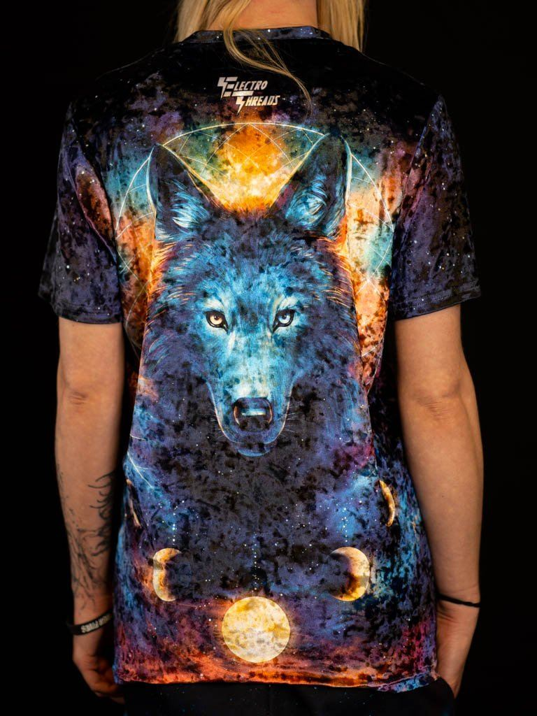 Dream Catcher Wolf Unisex Crew T-Shirts Electro Threads XS Black Crushed Velvet