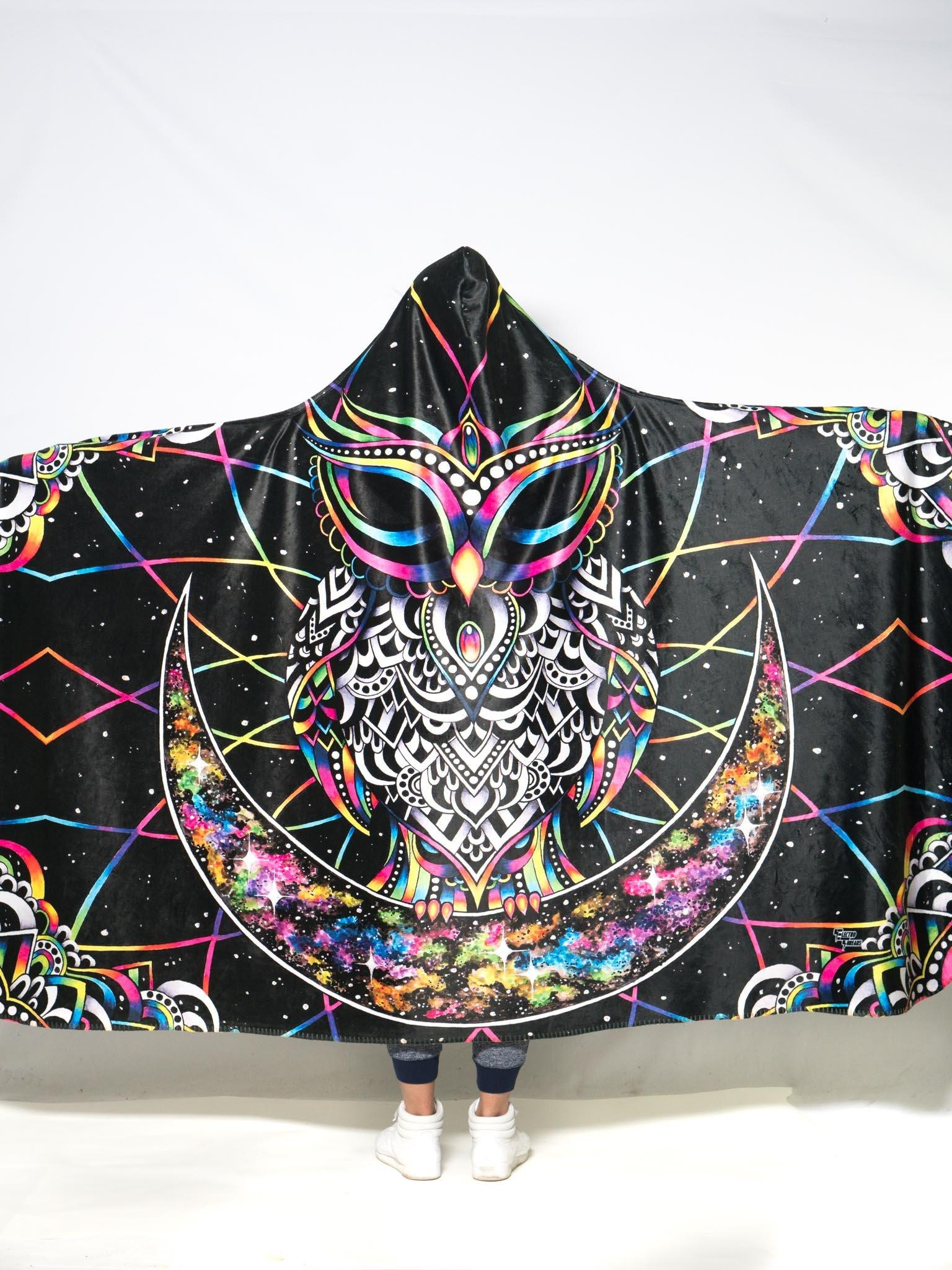 Electro Owl Hooded Blanket Hooded Blanket Electro Threads