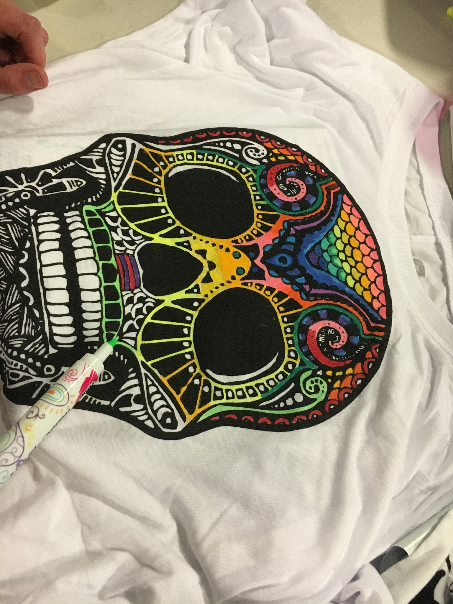 Skull Off Shoulder Long Sleeve + Fabric Markers Bundle Electro Threads