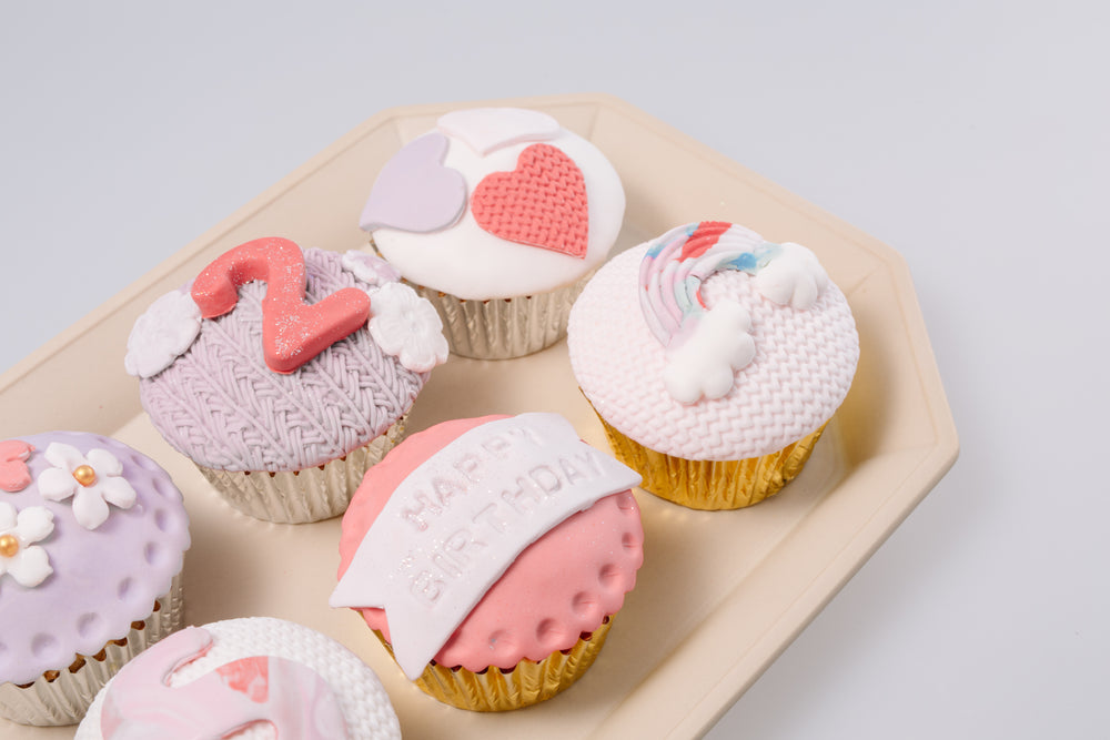 Baby Shower Fondant cupcakes (For Girl)