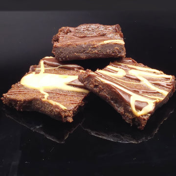 Brownies with Chocolate Icing (6 pcs)