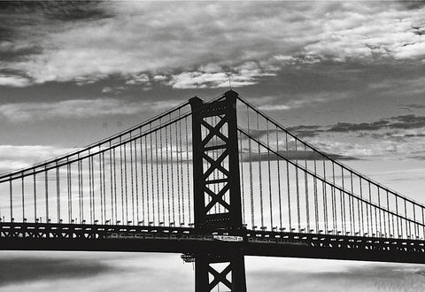 Benjamin Franklin Bridge (b/w) -  Erin Clark - McGaw Graphics