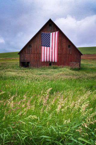 Palouse Barn -  Jason Savage - McGaw Graphics