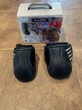 Load image into Gallery viewer, Equifit D-Teq Hind boots- M