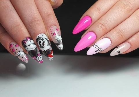 Love is pink lady nail Fabiana Campoli