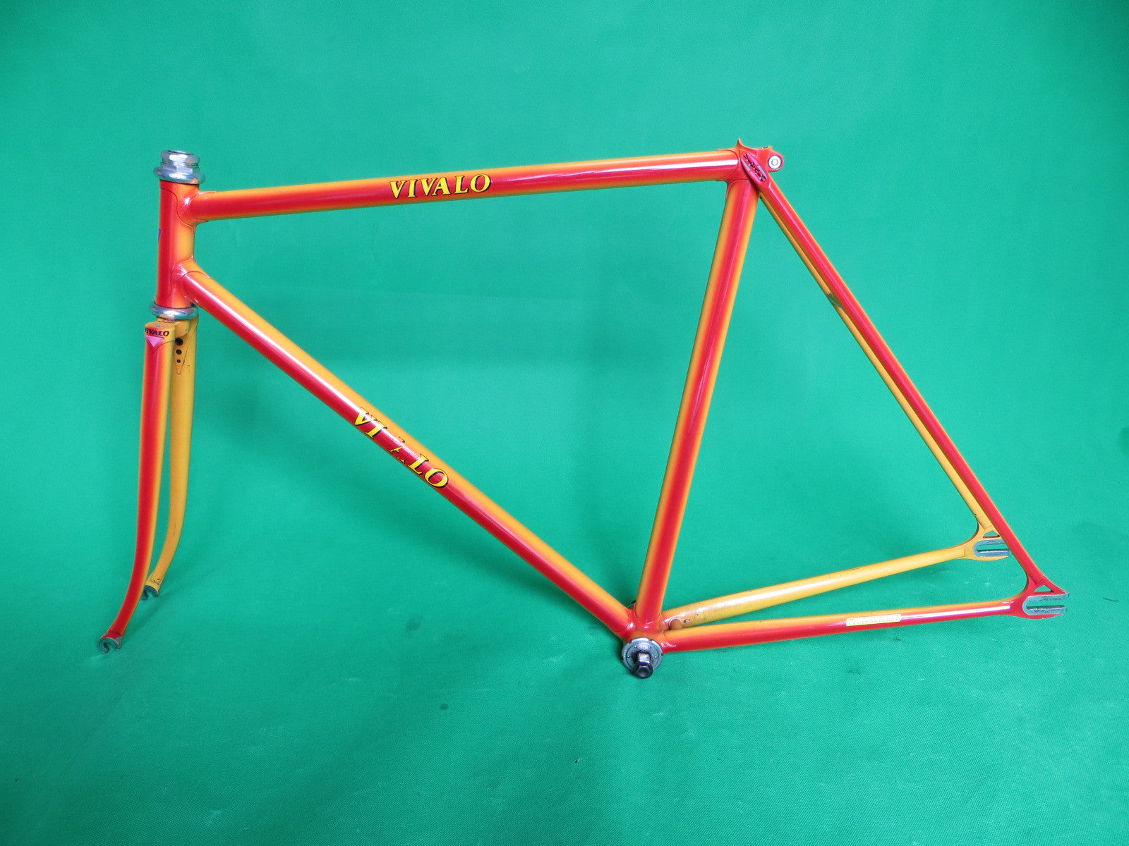 VIVALO // yellow + red fade // 52.5cm