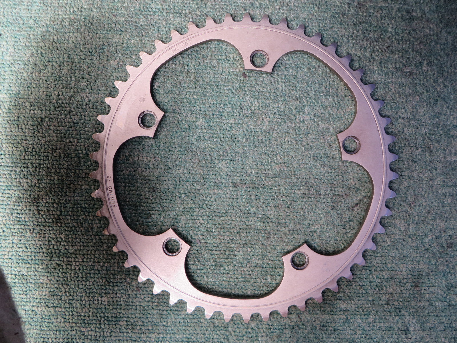 "Sugino S-cubic Matte Finish 1/8"" 144BCD NJS Chainring 50T (15071704)"