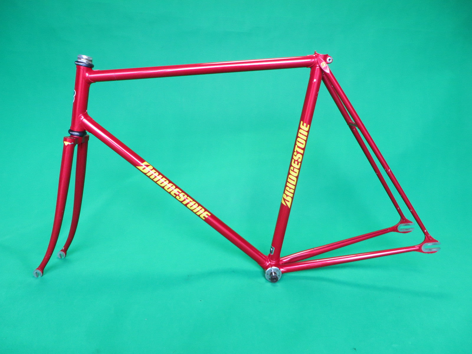 BRIDGESTONE | metallic red | 55.5cm