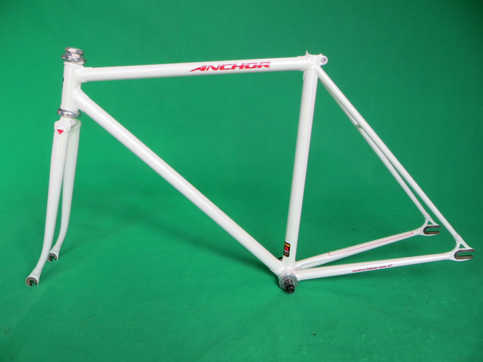 ANCHOR // white // Reynolds 520 Tubing // 49cm