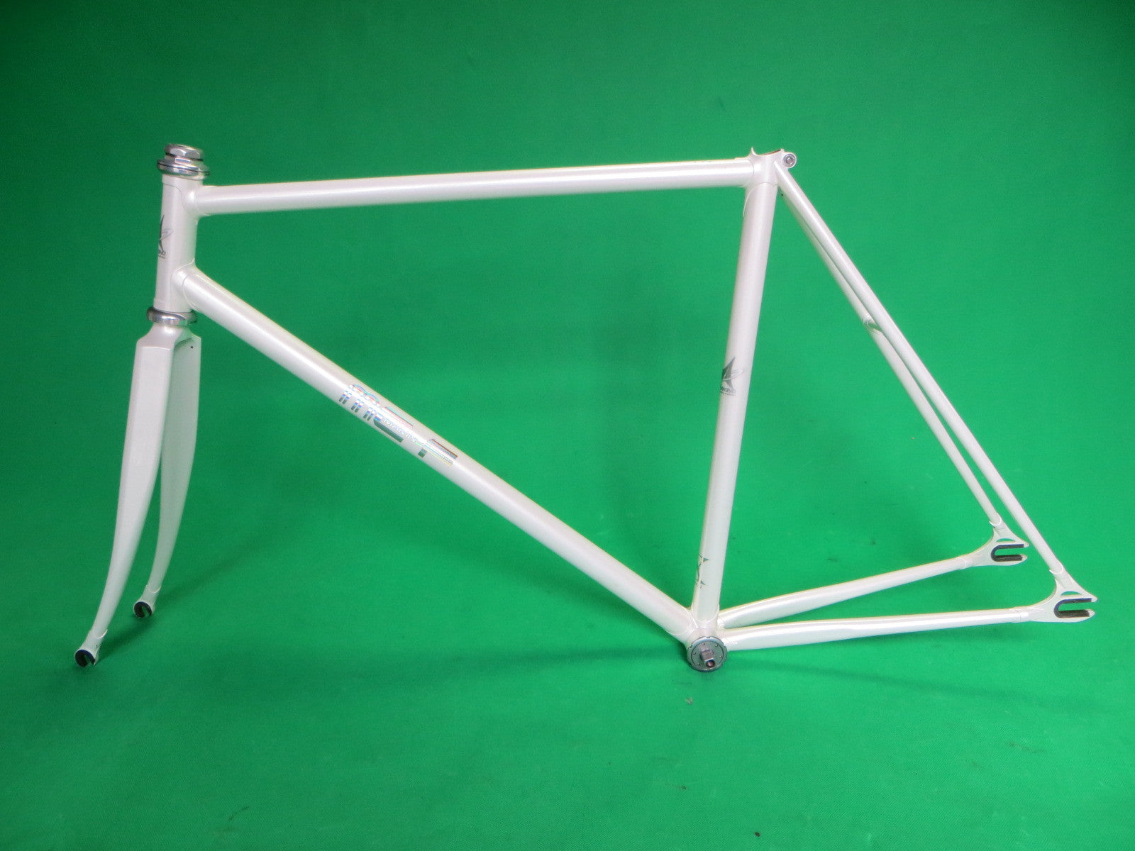 MAKINO //  MCF (Makino Cycle Factory) // White w. COLUMBUS MAX Fork 2013 // 51.5cm