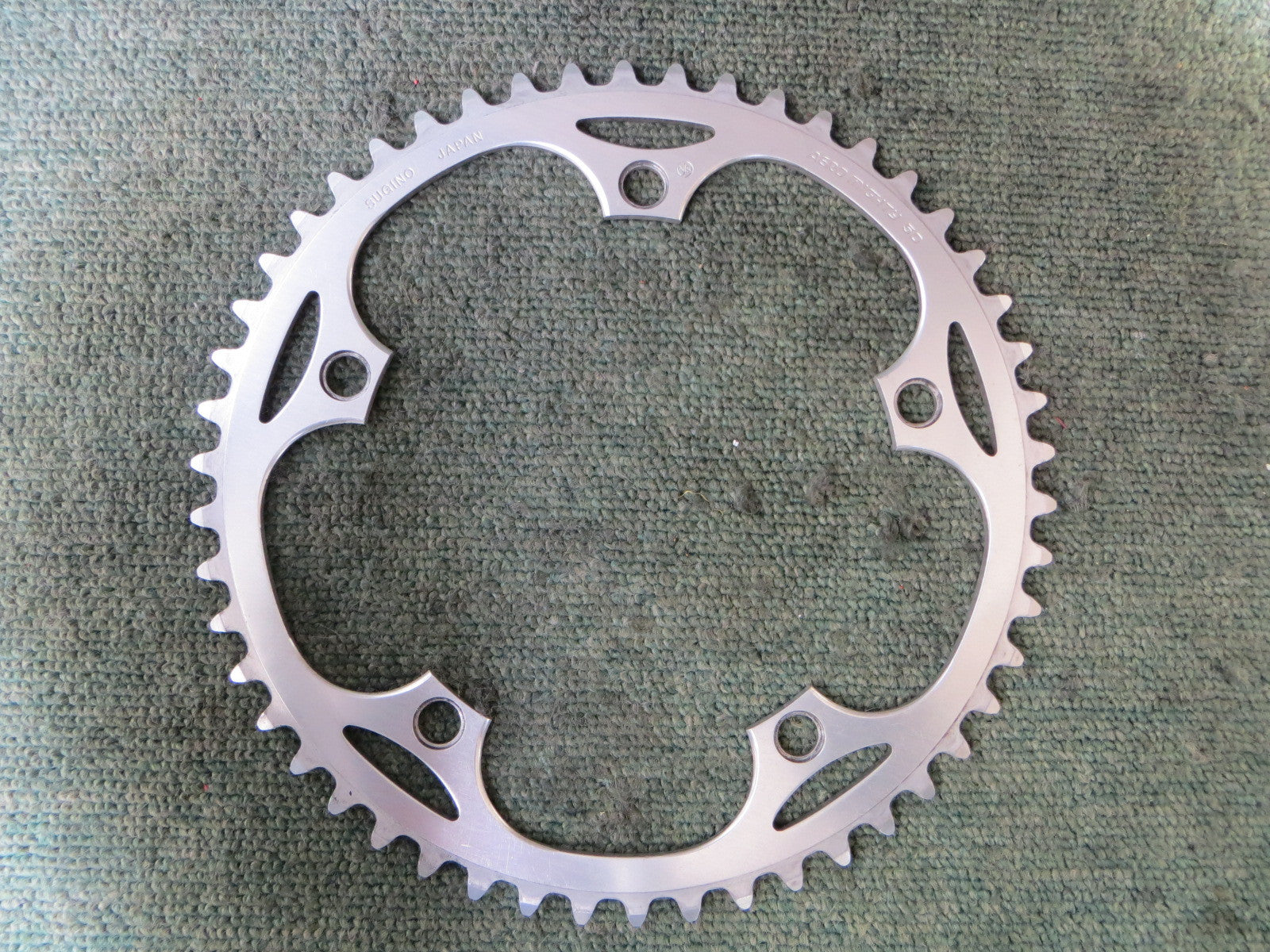 "Sugino Aero Mighty 1/8"" 144BCD NJS Chainring 50T (16032525)"