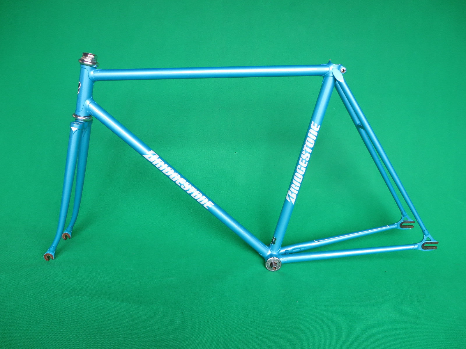 Bridgestone // Light Blue Metallic '99 // 53.5cm
