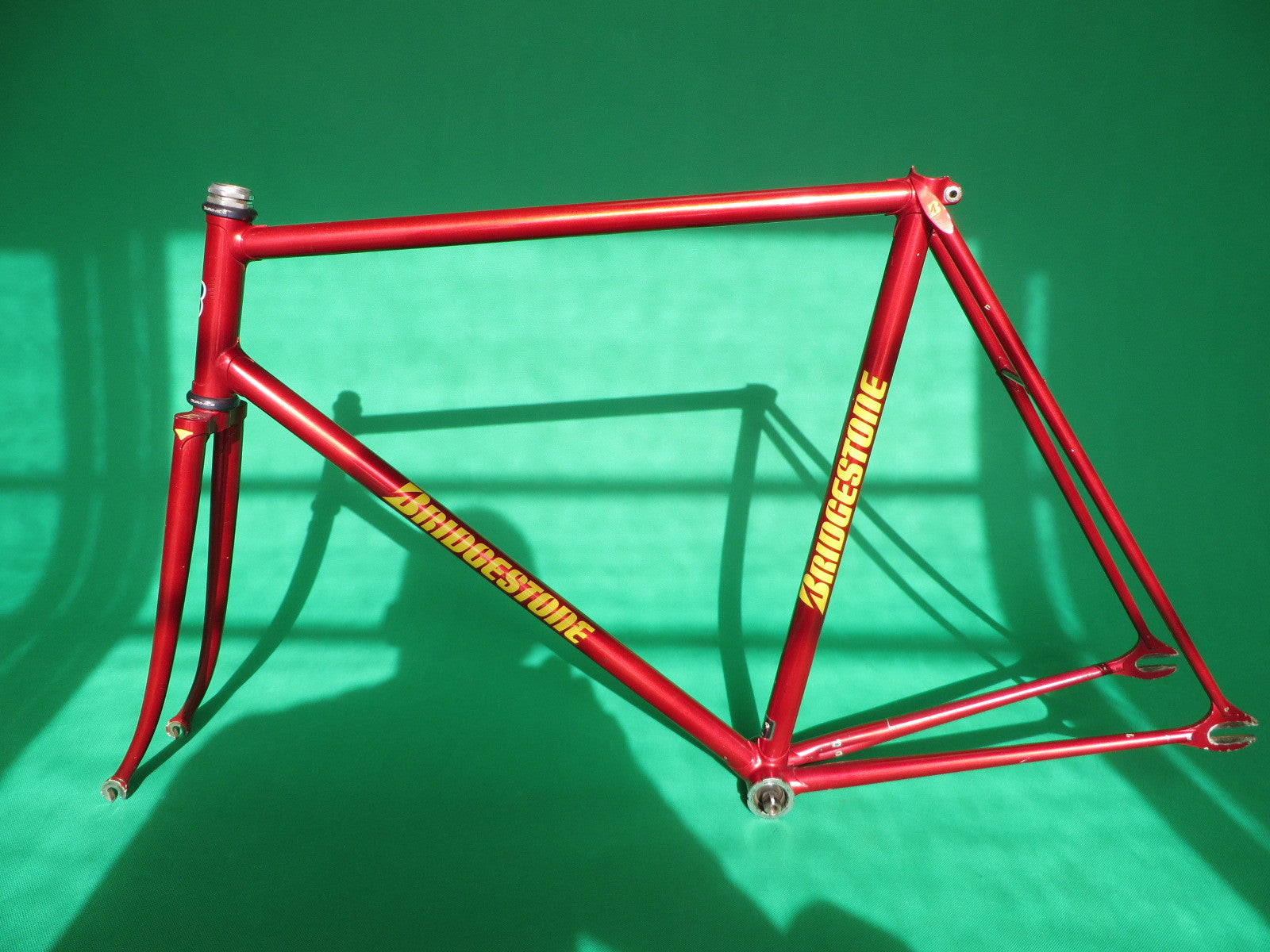 Bridgestone Red Metallic '95 {55.5cm}