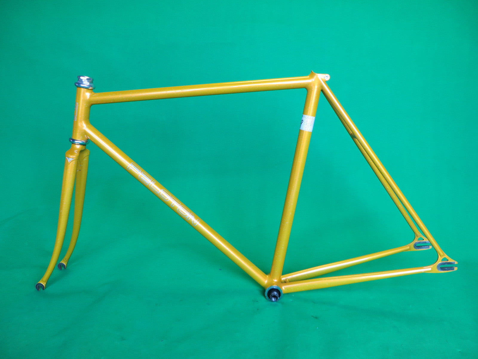 PELOTON | yellow with rainbow flake 2005 | 52cm