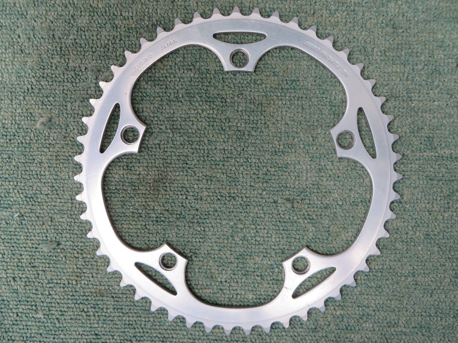 Sugino Aero Mighty 3/32 144BCD Non NJS Chainring 51T (240627054)